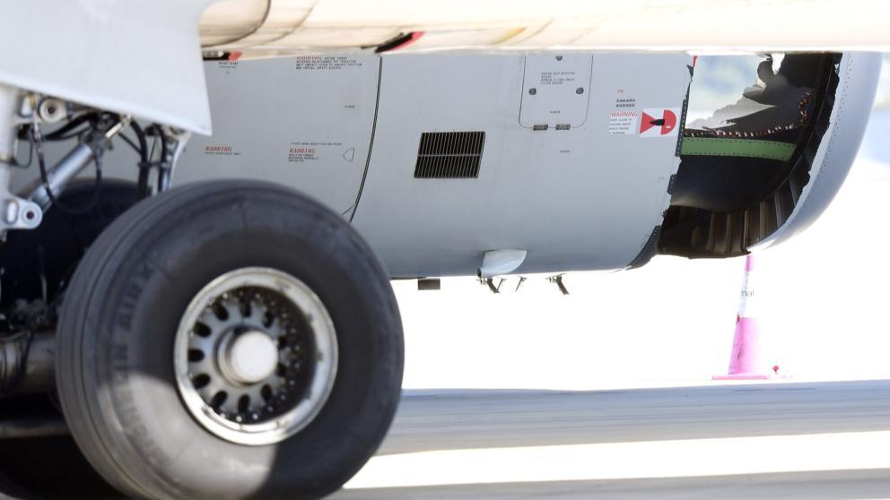 Un avión aterriza de emergencia en Sidney con un impresionante agujero