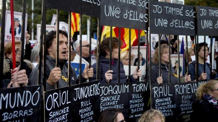 Gran manifestación por el Govern y los líderes soberanistas encarcelados
