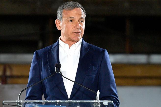 El presidente de Disney en una visita al Museo de la Academia de Cine de Los Ángeles
