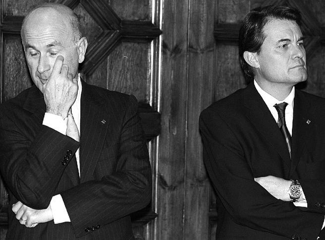 Josep Antoni Duran Lleida y Artur Mas en la toma de posesión del segundo como conseller en cap en 2001