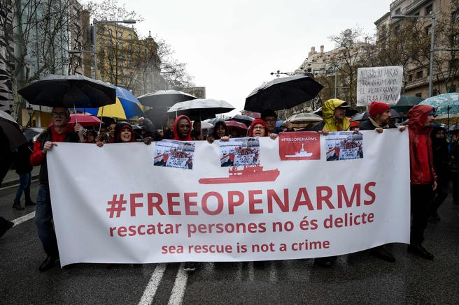 Manifestación en Barcelona en apoyo de Open Arms el pasado 24 de marzo, con la etiqueta difundida en las redes sociales