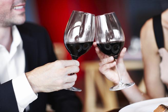 En un día como San Valentín, es mejor no excederse con el alcohol