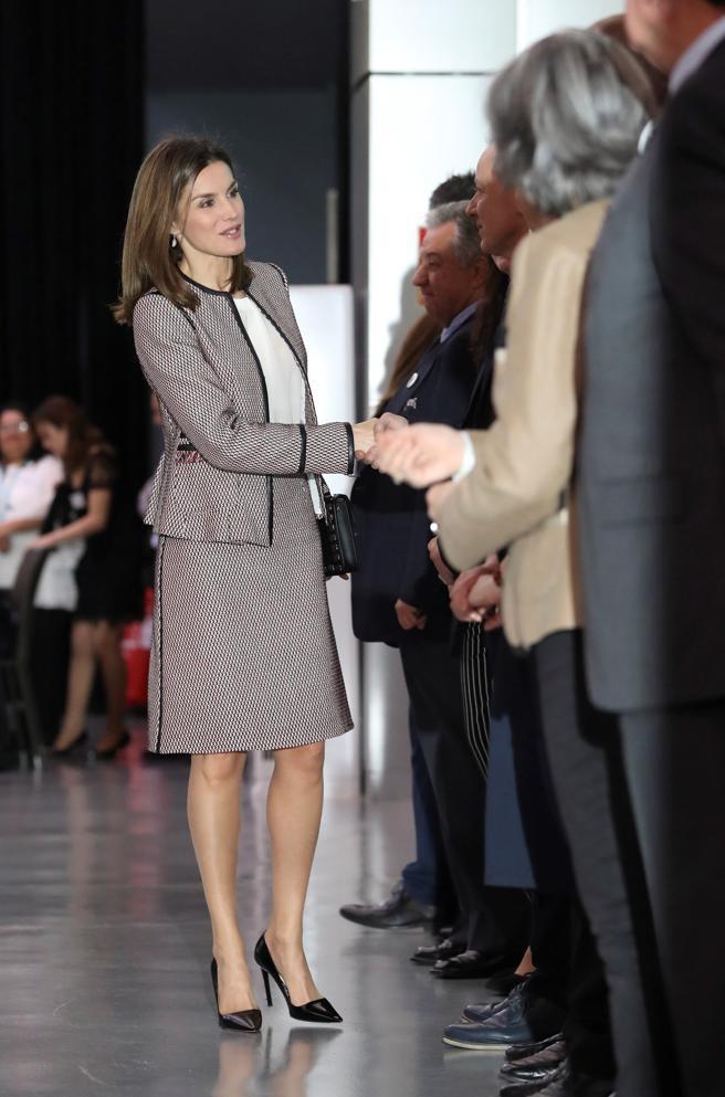 La Reina Letizia a su llegada al acto oficial del Día Mundial de las Enfermedades Raras. EFE/Ballesteros
