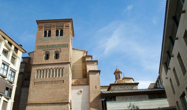 Iglesia de San Pedro y mausoleo de los Amantes, Teurel (España)