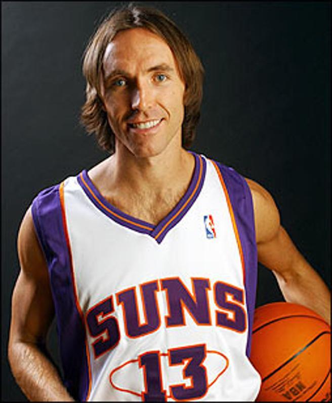 Steve Nash jugó durante gran parte de su carrera para los Phoenix Suns