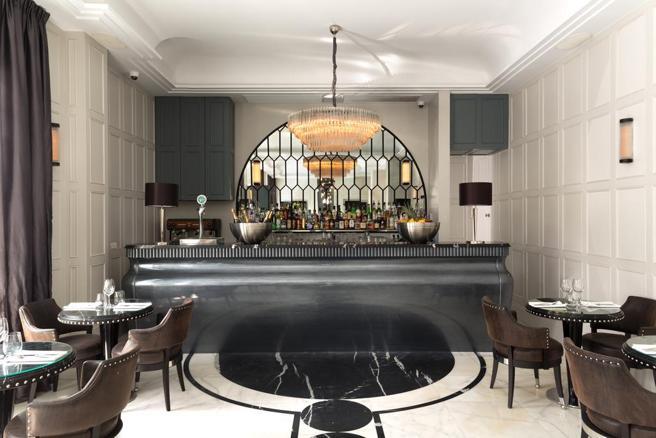 Detalle de una barra del bar del hotel