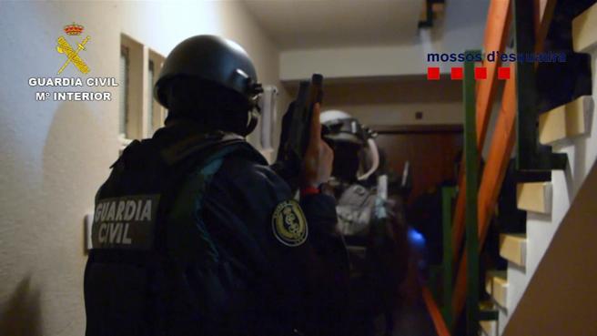 En total han sido detenidos 9 hombres y 2 mujeres