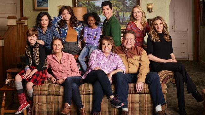 Todo el reparto de Roseanne le ha mostrado su apoyo.