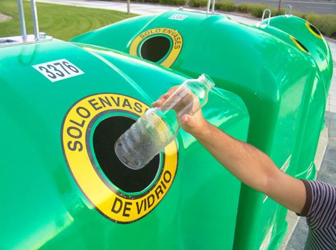 Cada español recicló una media de casi 17 kilogramos de vidrio el año pasado