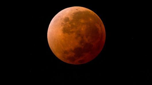 Resultado de imagen para eclipse de luna del 27 de julio