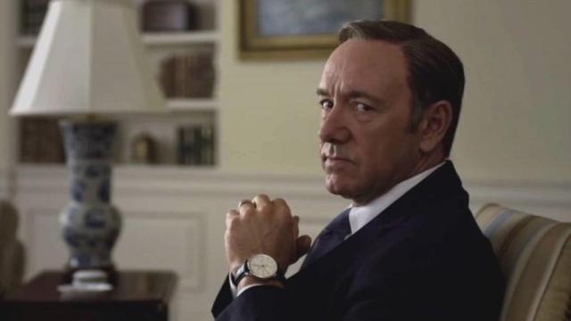 Netflix revela el humillante final de Kevin Spacey en 'House of cards' en un nuevo vídeo