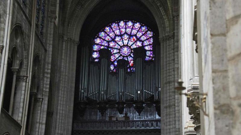 Expectación ante la magnitud de las heridas del órgano de Notre Dame