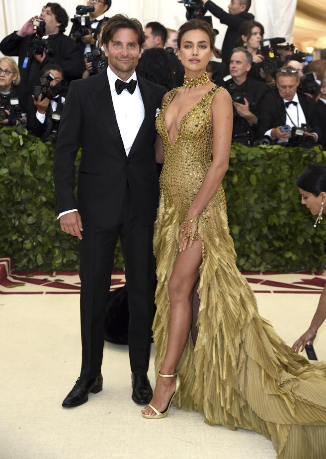 Bradley Cooper and Irina Shayk at the gala inspired by catholicism and fashion