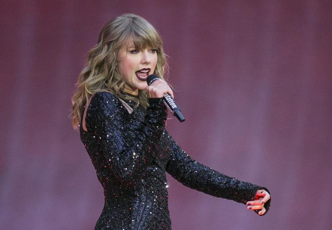 FILE - In this June 22, 2018, fTaylor Swift
