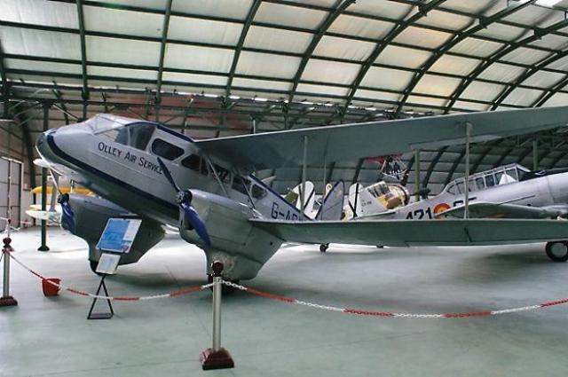 El Dragon Rapide que trasladó a Franco a Marruecos.