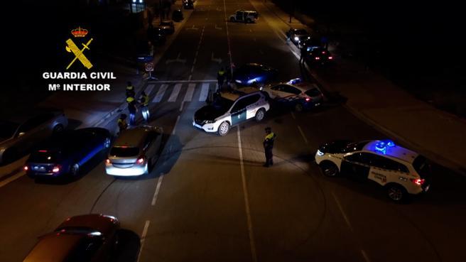 La presencia policial disuadió a otros conductores que se dirigían a la concentración ilegal
