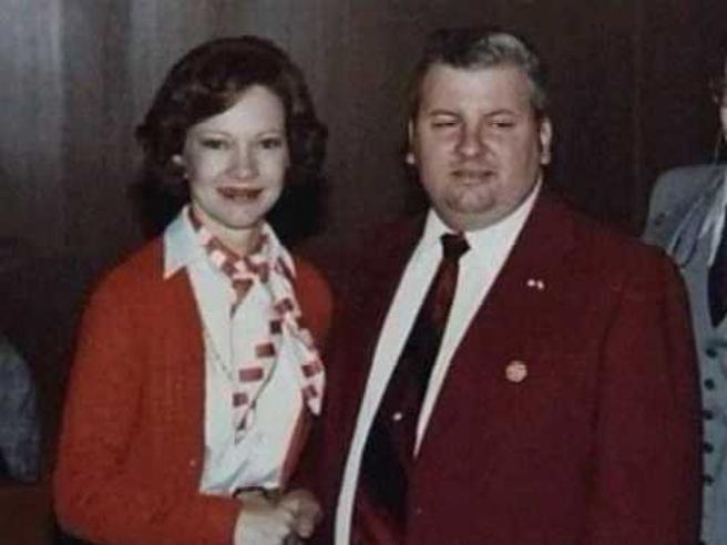 John Wayne Gacy junto a Rosalynn Carter