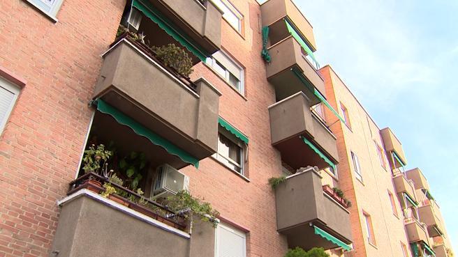 Bloque de pisos donde vivían madre y hijo, antes de la trágica muerte de Felisa P. G.