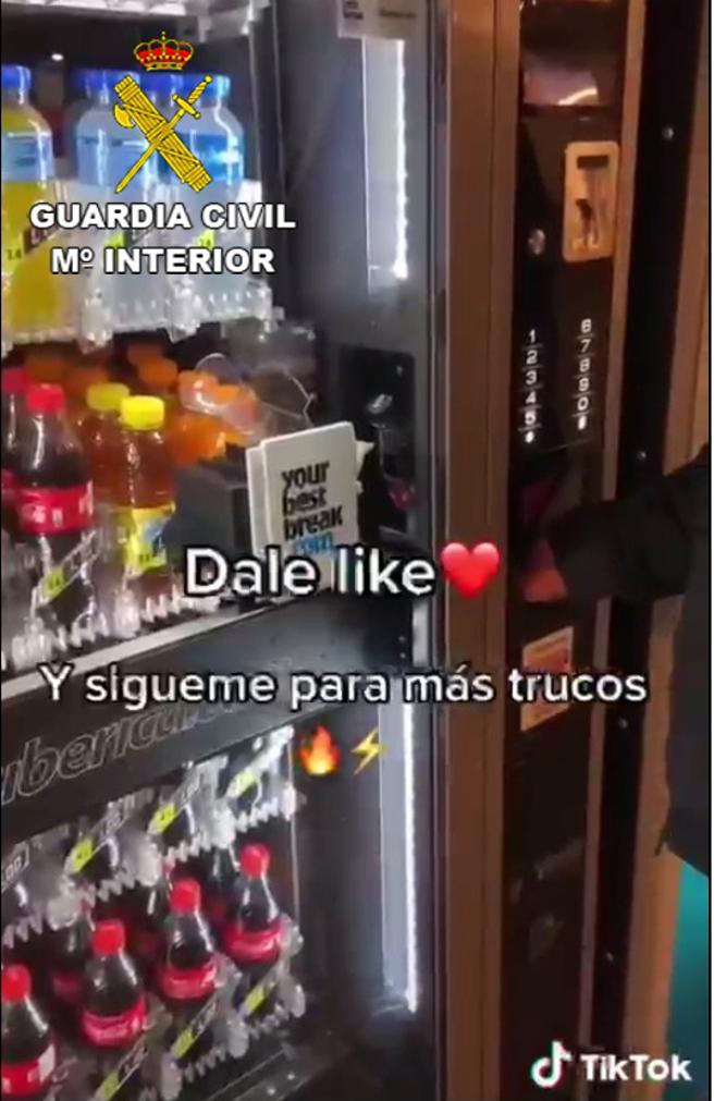 Imagen extraída del vídeo tutorial y facilitada por la Guardia Civil
