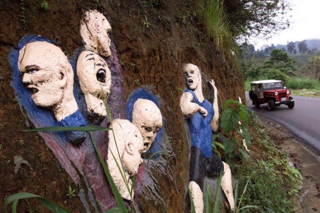 Mural en homenaje a las víctimas de Garavito (Colombia)