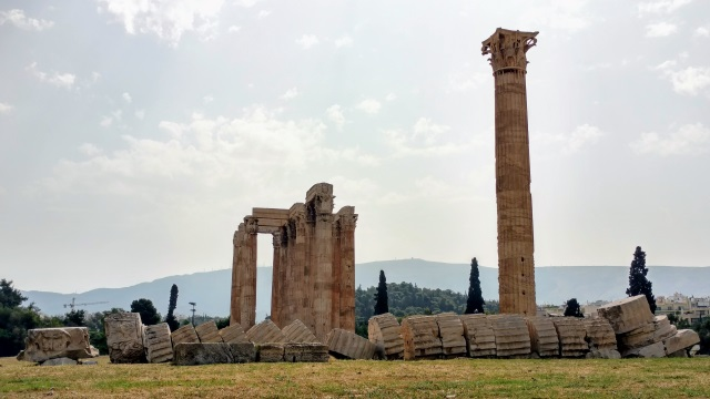 Athens Temple of the Olympian Zeus 2