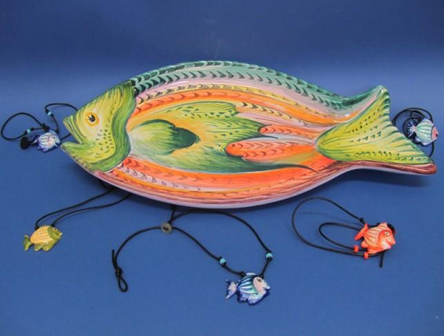 Pesci in ceramica dipinti a mano