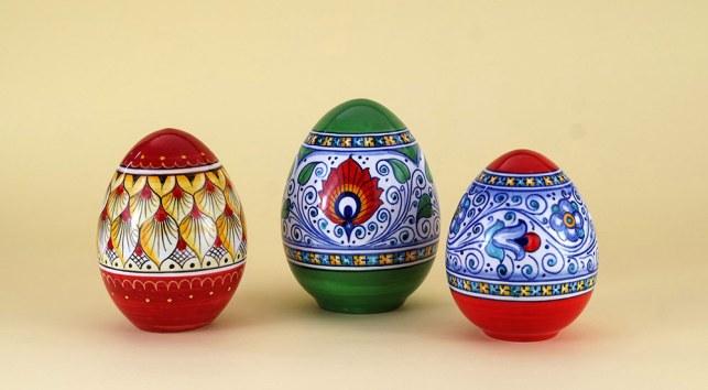 3 uova pasquali ceramica 2020