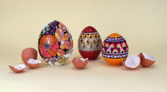 uova pasqua 2020 in ceramica, composizione