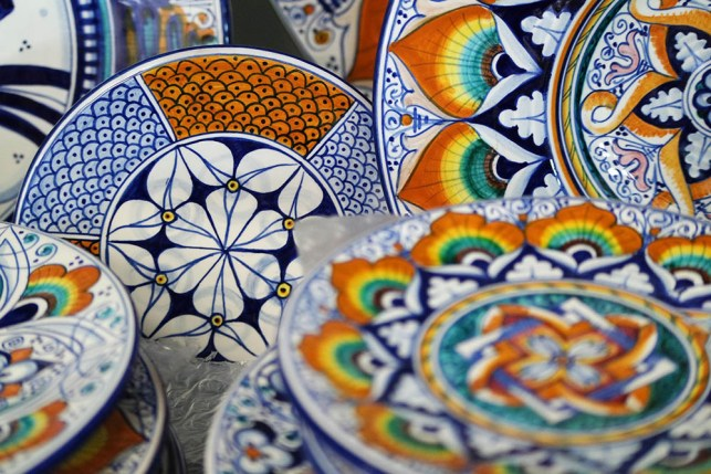 traditional ceramic plates made in italy 2020