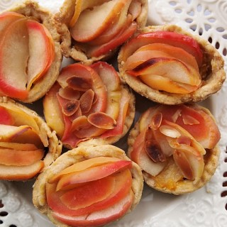 Apple and Custard Tartlettes