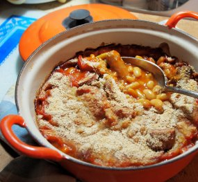 Cheat's French Style Cassoulet – Sausage and Bean Casserole in the Slow Cooker or Le Creuset