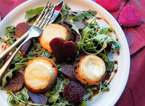Hot Chèvre & Beetroot Salad with Chocolate & Vanilla Balsamic Drizzle