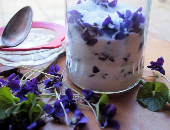 Sweet Violet Sugar for Cakes & Bakes