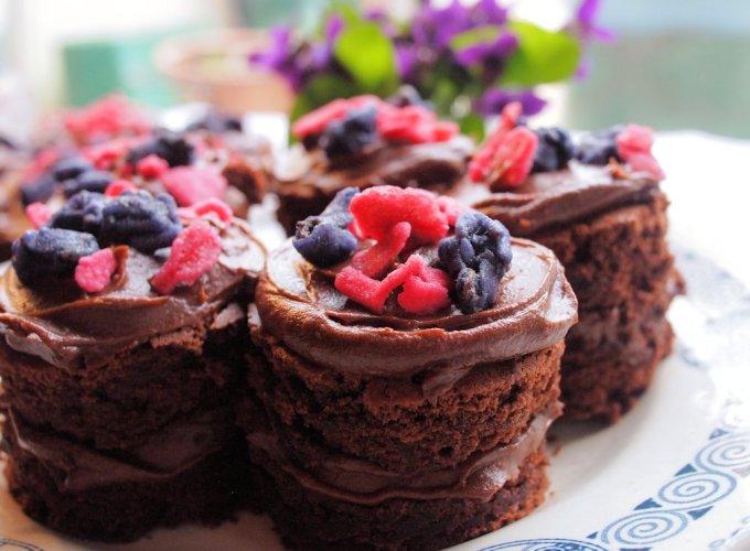Little Chocolate & Violet Fancies