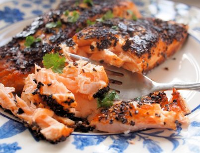 Fish on Friday – Chilli and Garlic Blackened Salmon Fillets