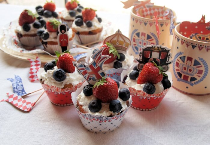 Little Red, White and Blue Strawberries and Cream Jubilee Cakes