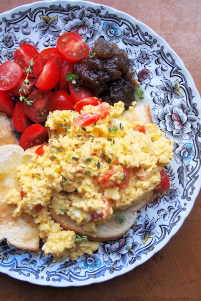 Somerset Scramble - Scrambled Eggs with Goat's Cheese