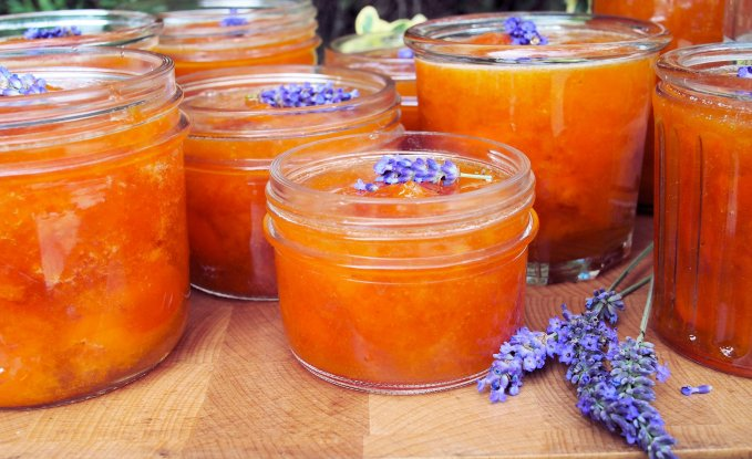 French Set Apricot and Lavender Jam (Confiture)