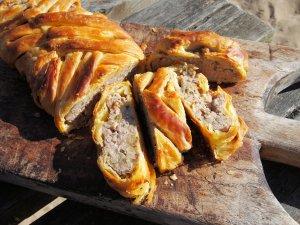 Sausage Plait (Picnic Pie)
