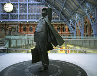The Betjeman statue