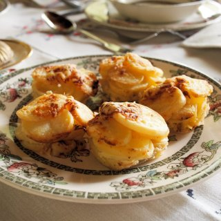 Rudolph The Red Nosed Potato! Mini Potato Dauphinoise Muffins for Christmas Day (Recipe)