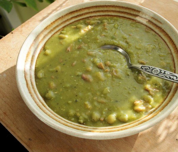 Charles Dickens and London Particular: Ham and Pea Soup Recipe