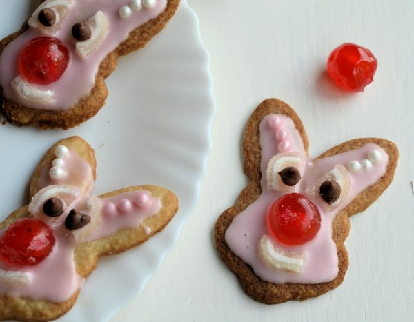Red Nose Day: Do Something Funny for Money! Red Nose Bunnies (Biscuits/Cookies) Recipe