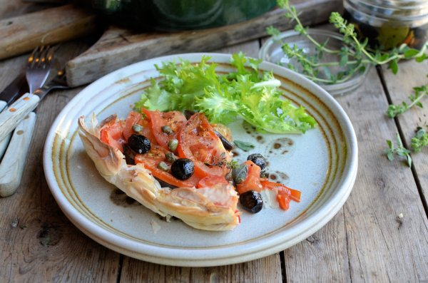 A Nomad in my Kitchen! My Big Fat Greek Tomato, Olive and Caper Tart
