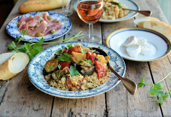 A Mediterranean Meze Lunch with Loire Wines: Food and Wine Pairing