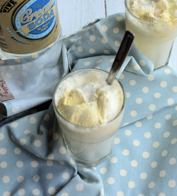 Ice Cream Soda (Low-Calorie)