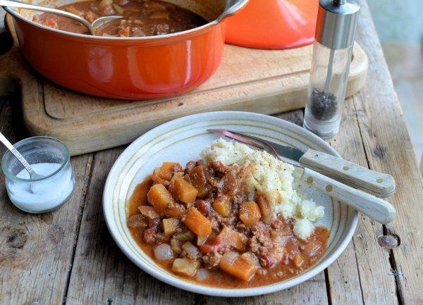 Low-Calorie Comfort Food: Harvest Festival Minced Beef & Vegetable Casserole (5:2 Diet)