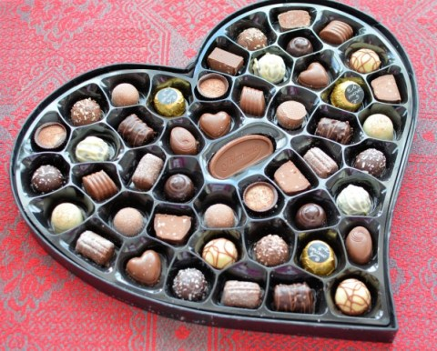 Giveaway: Win Thorntons Chocolates - Continental Tasting Heart Collection RRP: £19:99