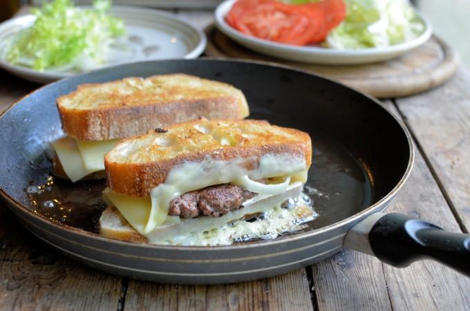 The Secret Recipe Club: Award Winning Logan County Hamburgers
