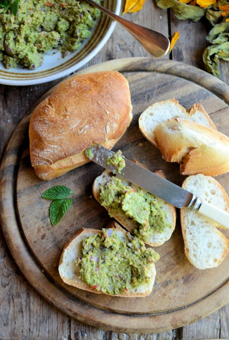 Pea Pesto on Bread